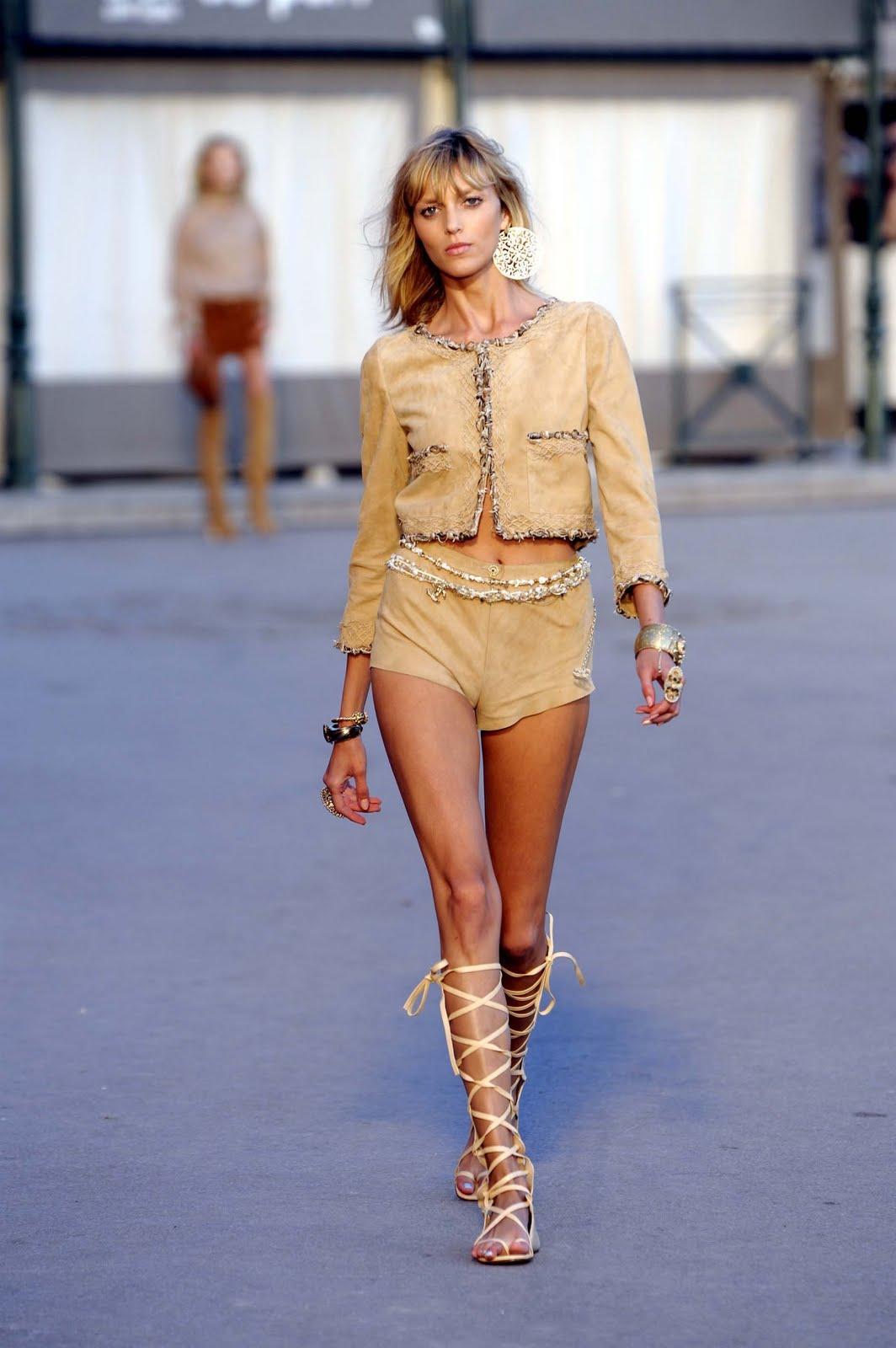 mformariza: Chanel Cruise Collection 2011