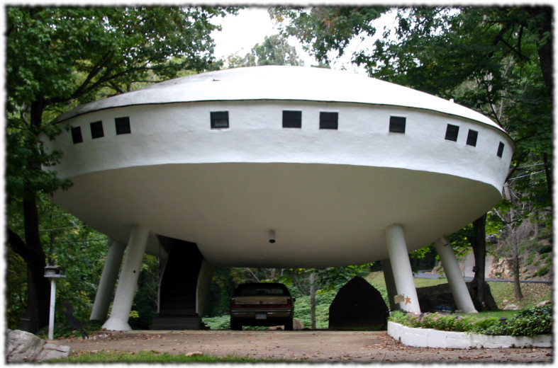 Lloyd S Blog Flying Saucer House Near Chattanooga Tn
