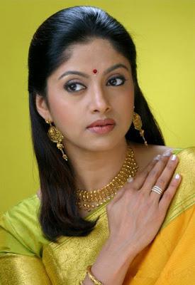 Nadhiya Nude 109