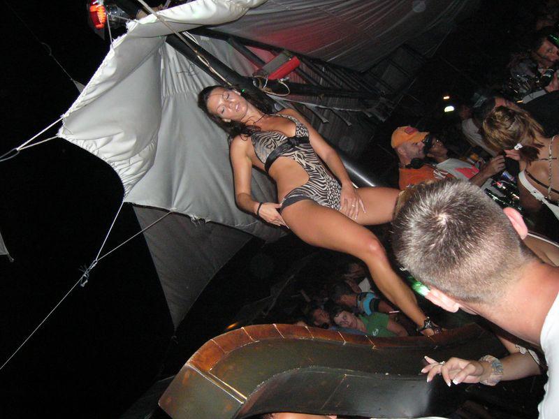 Проститутки в черногория проститутки города тюмень