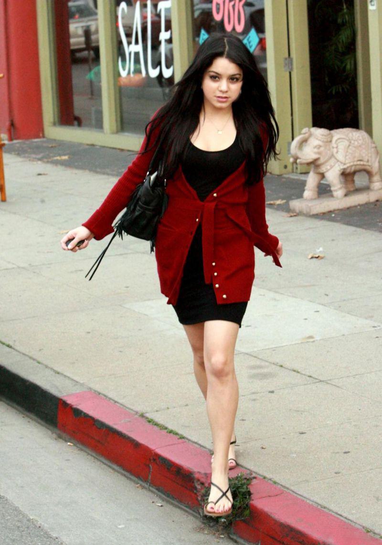 Vanessa Hudgens Actress Beautiful Pakistan - Bolly Actress -9425
