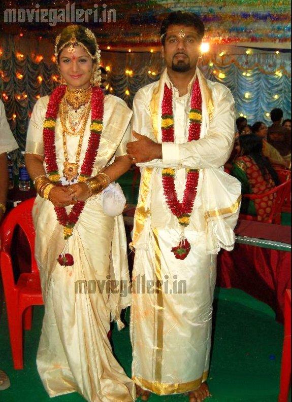 Malayalam Actress Rambha Wedding PhotosMalayalam StillsMalayalam PicsMalayalam