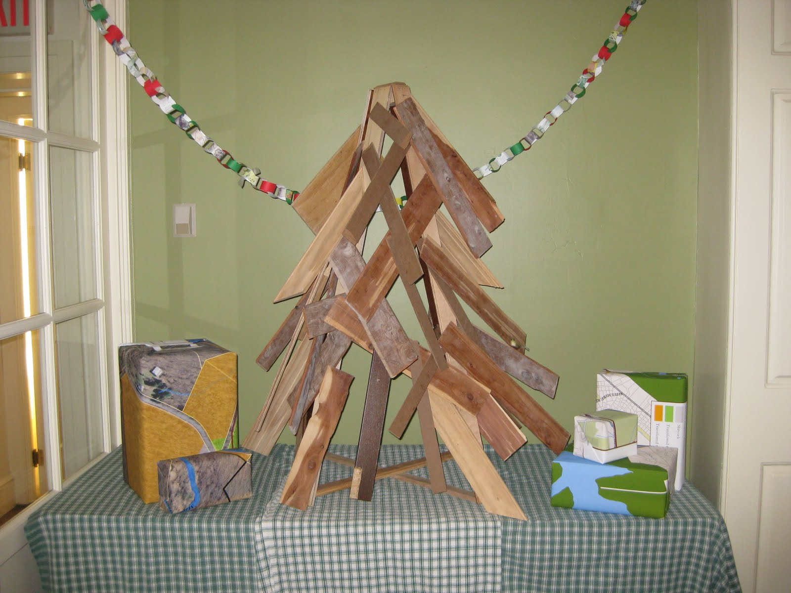 Our Scrap Wood Christmas Tree Was Inspired By This Amazing Tree That