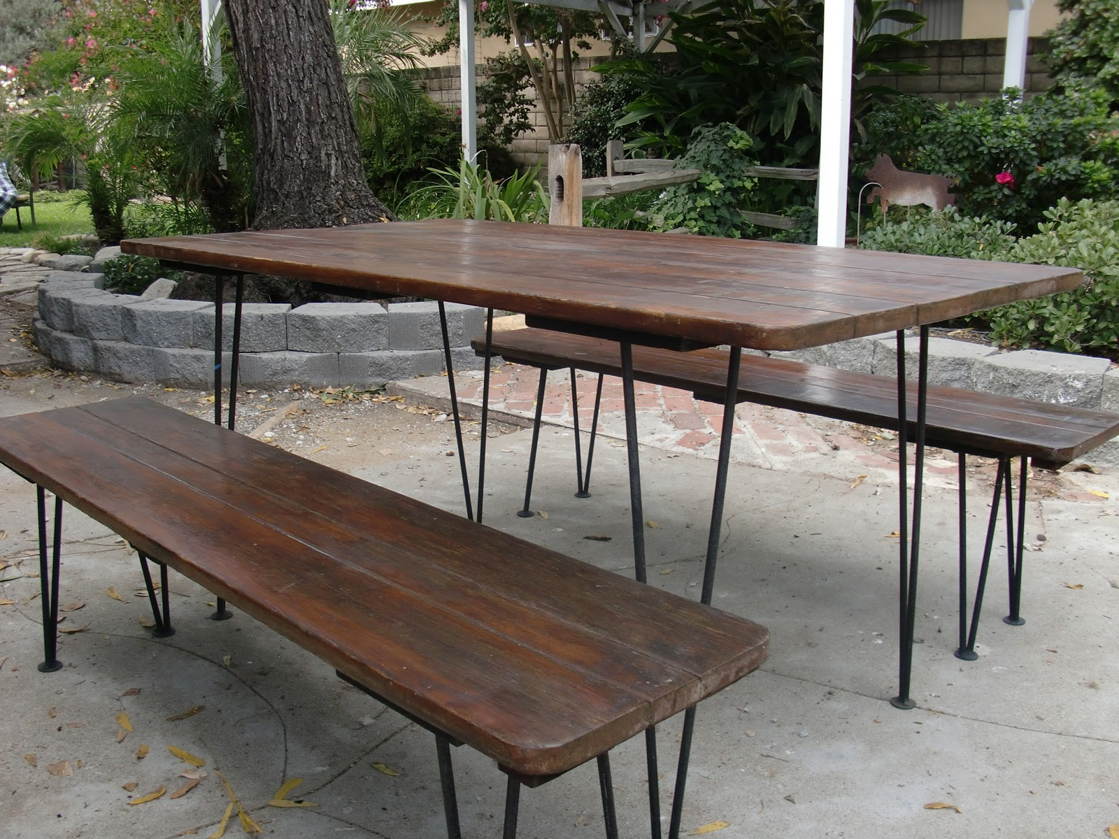 dream2devise antique picnic table new dining room table. Black Bedroom Furniture Sets. Home Design Ideas