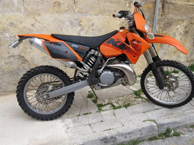 sold enduro ktm 250 exc 2005 2 strokes idem motocross sx malta classifieds buy and sell. Black Bedroom Furniture Sets. Home Design Ideas