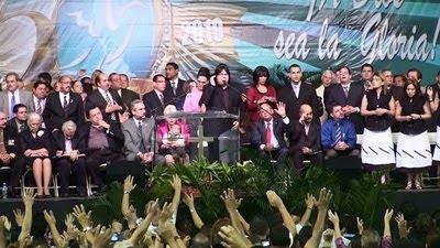 Celebración de los 50 años de ministerio de Yiye Ávila