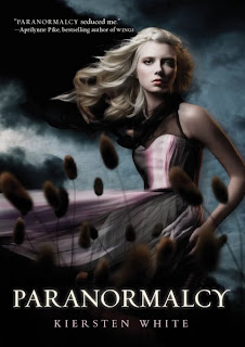 #BookReview: Paranormalcy (Kiersten White)