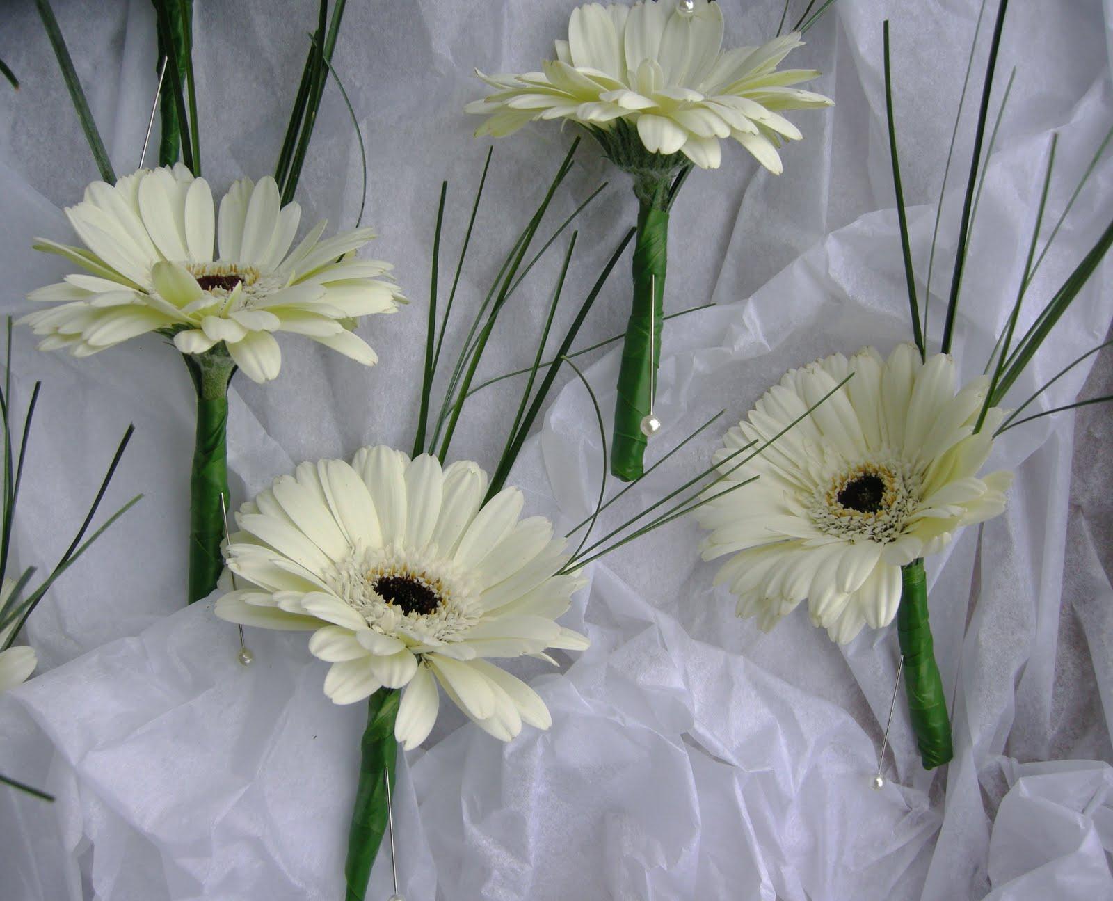 How To Make Wedding Buttonholes: Wedding Flowers Blog: Natalie's Winter Wedding
