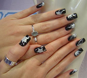 Calebrities BlackNail Art-2
