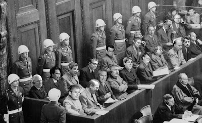 https://i2.wp.com/4.bp.blogspot.com/_xXVbcmGg_dg/SX4HMOYbihI/AAAAAAAADf4/-zz2xhS5pug/s400/war-crimes-trial.jpg