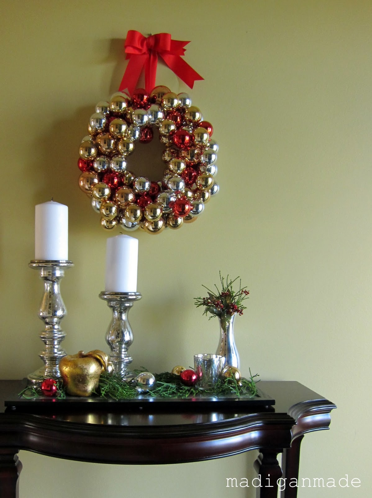 How to make an ornament wreath - Rosyscription