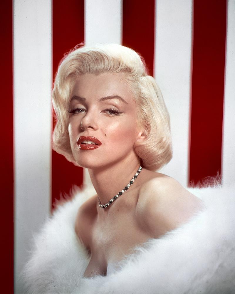 Marilyn Monroe Living Room Decor: Kstelin: THROUGH THE DECADE: 1950s GLAM
