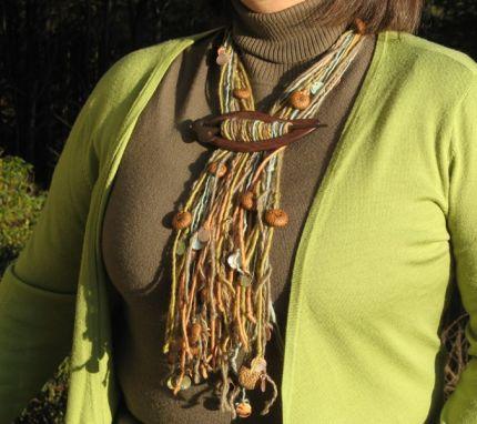 collar, hilos, lana, bisutería, manualidades,