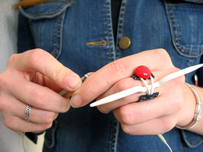 anillo, sujetador, invento, costureras, crocheteras, manualidades
