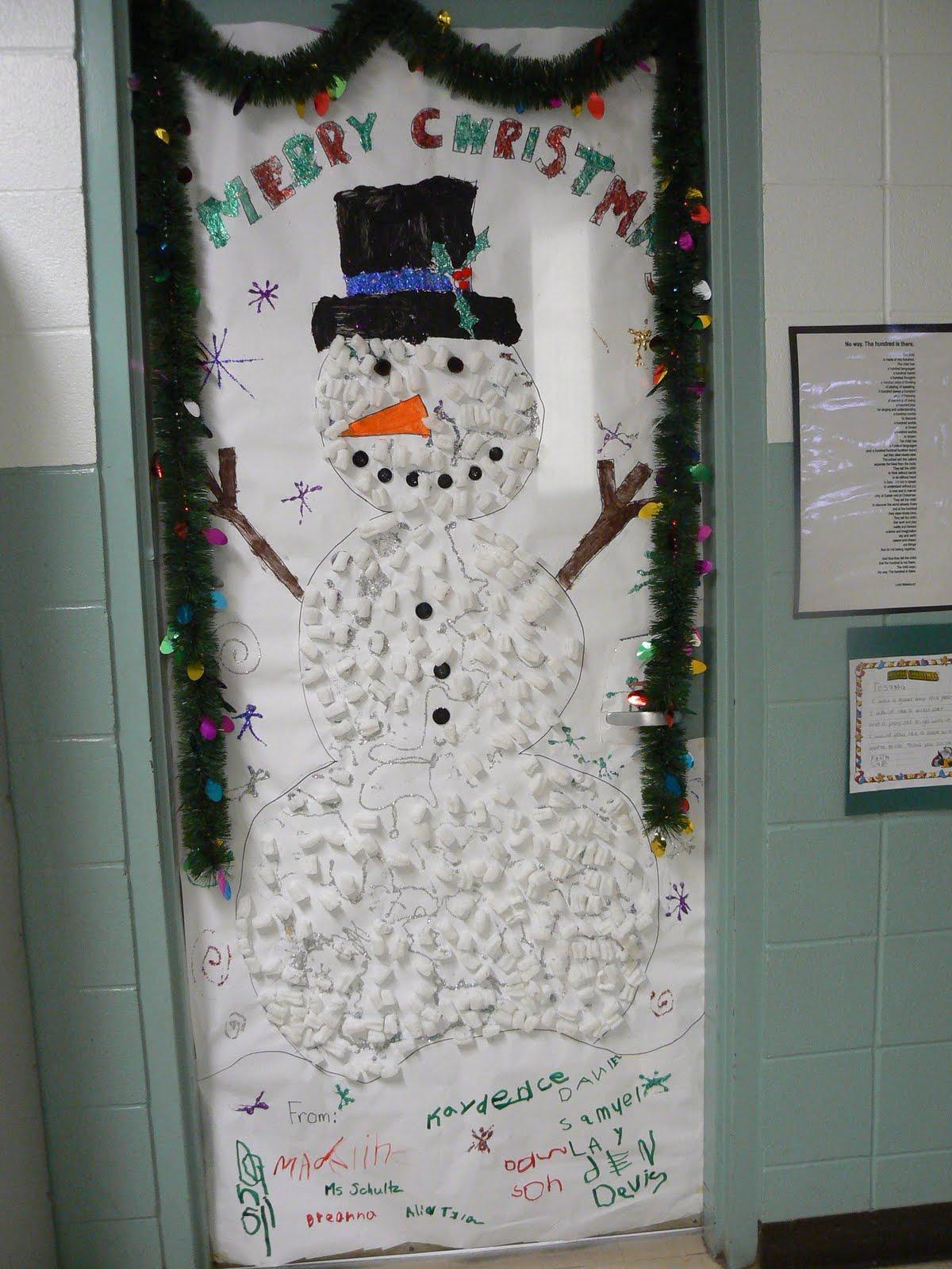 Christmas decor on Pinterest | Christmas Door, Christmas ...