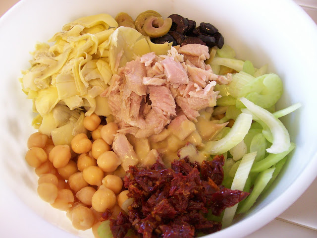Garbanzo Beans Tuna Fish Seafood Lunch