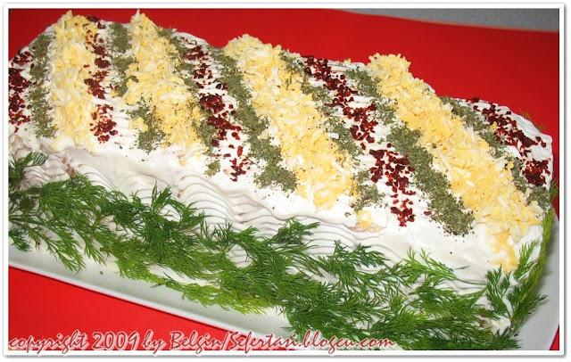 tast ekmeği salatası sefertasitarifleri.com