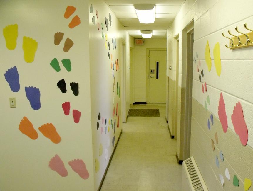 Free Bible School Materials: Decoration Photos: Following