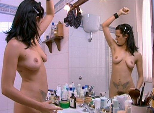image Christina aguilera nude boobs in mtv diary tv show Part 4