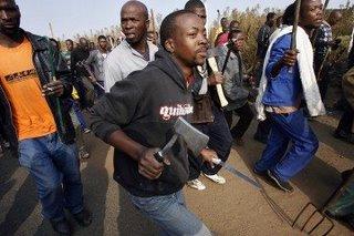 Αποτέλεσμα εικόνας για Αιματηρή συμπλοκή μεταξύ ομάδων λαθρομεταναστών