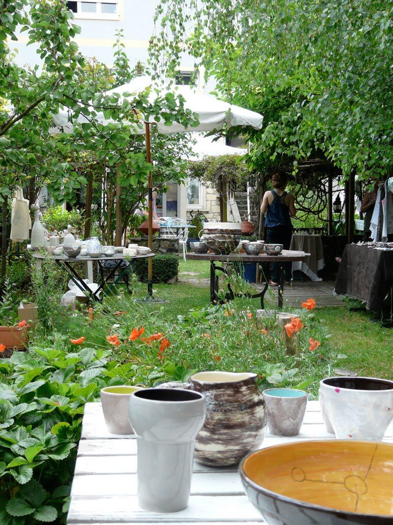 3 escarbeilles un jardin en ville. Black Bedroom Furniture Sets. Home Design Ideas