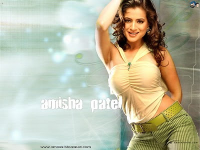 Amisha patel hot kiss, Amisha patel Hot Photos, Amisha patel Hot Pics