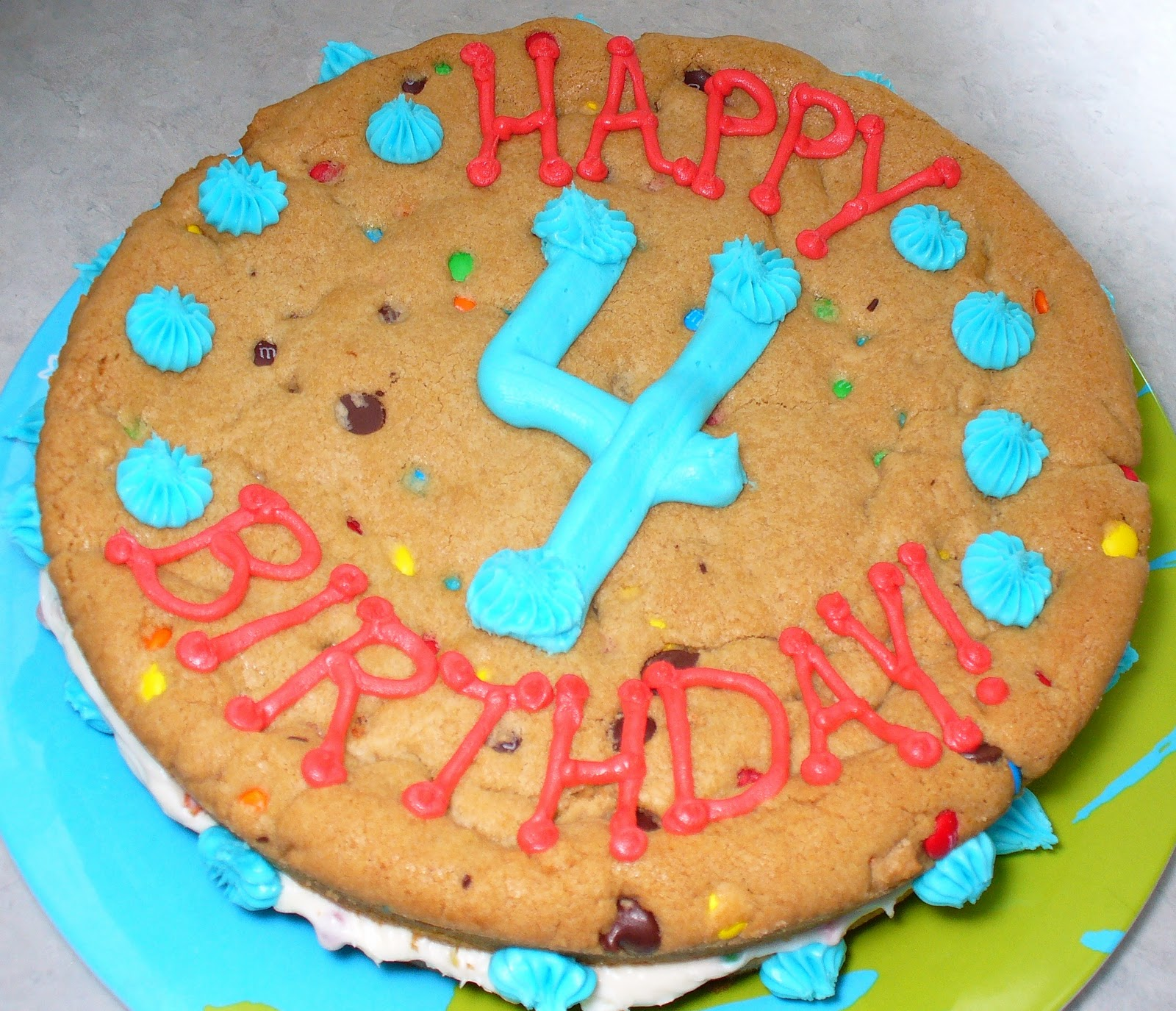 Leenee's Sweetest Delights: Giant Chocolate Chip M&M Cookie Cake