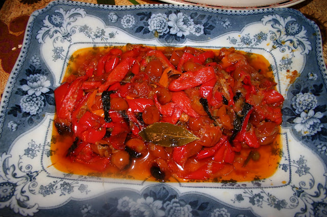 Red, yellow pepper, capers, green pickled peppercorns, pepperonata