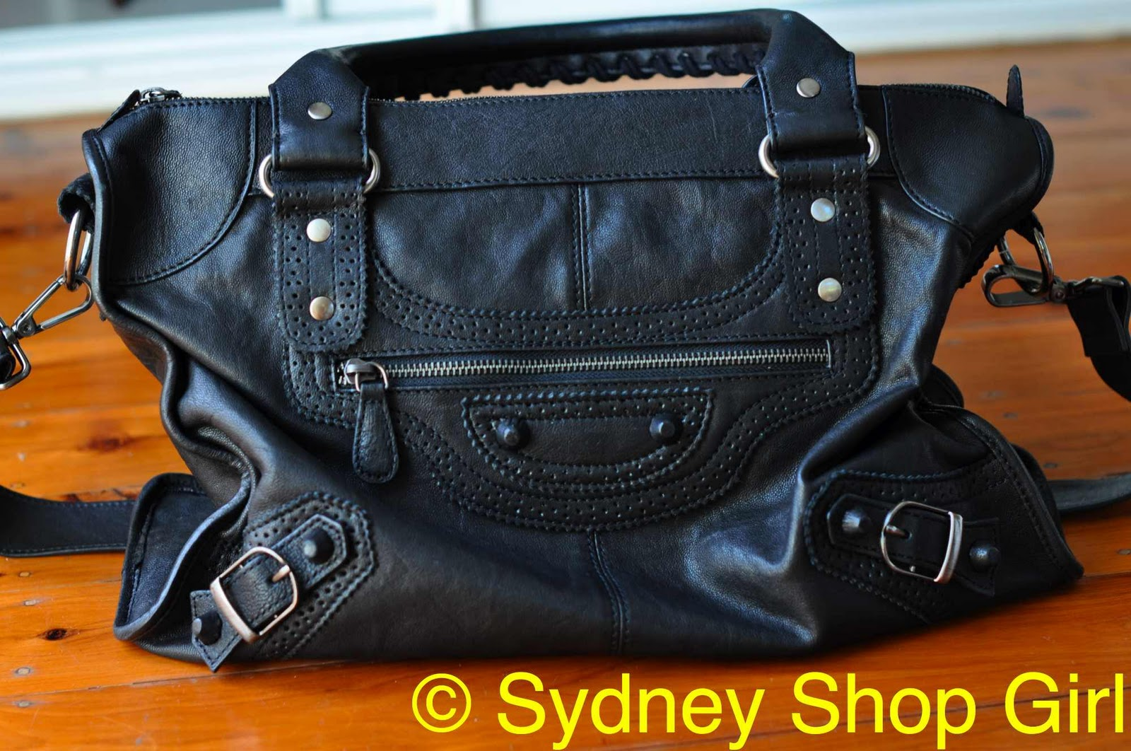 Witchery Elise Whip Sch Bag In Black