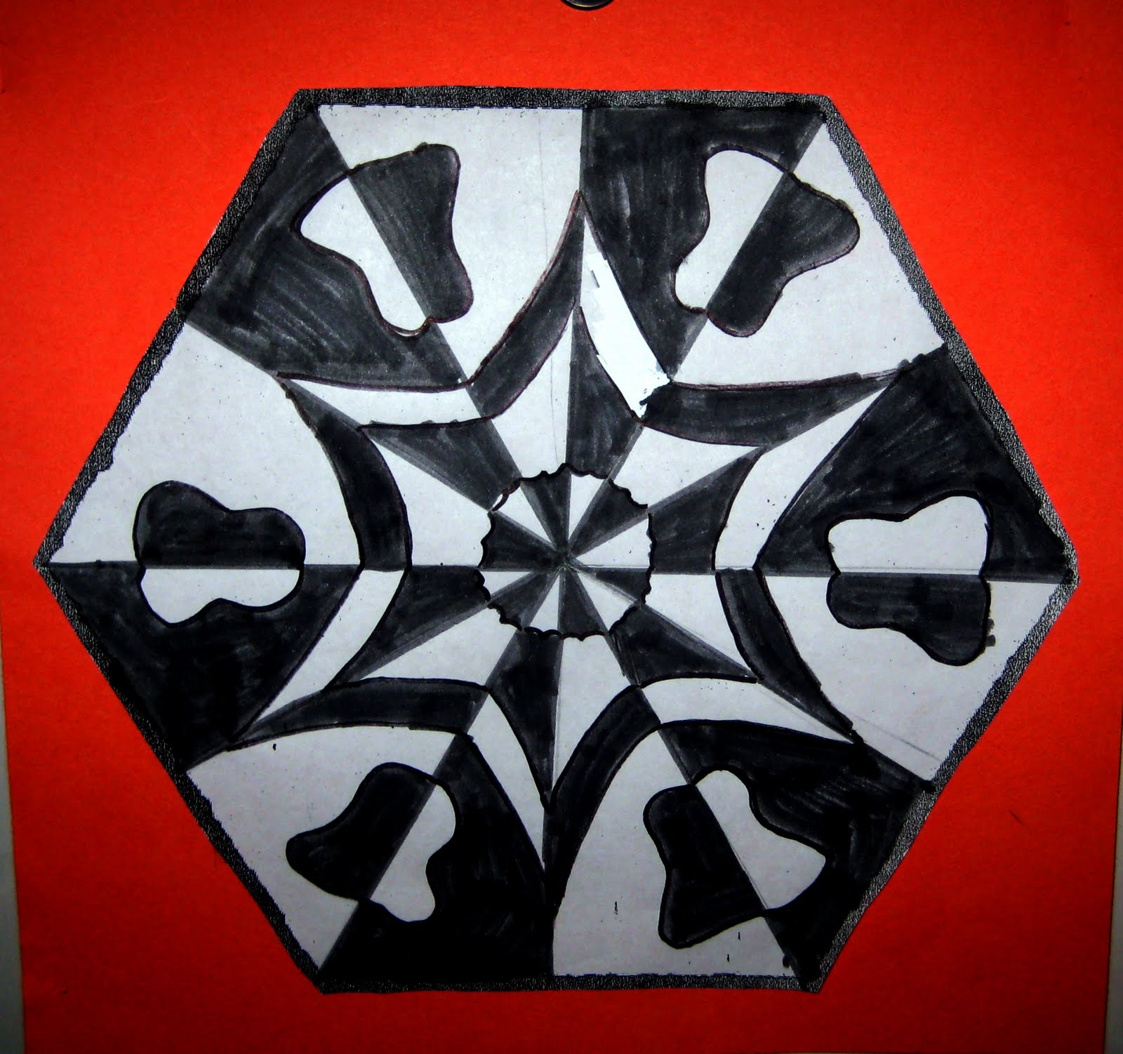 Mrs. Art Teacher!: positive/negative space radial desgins