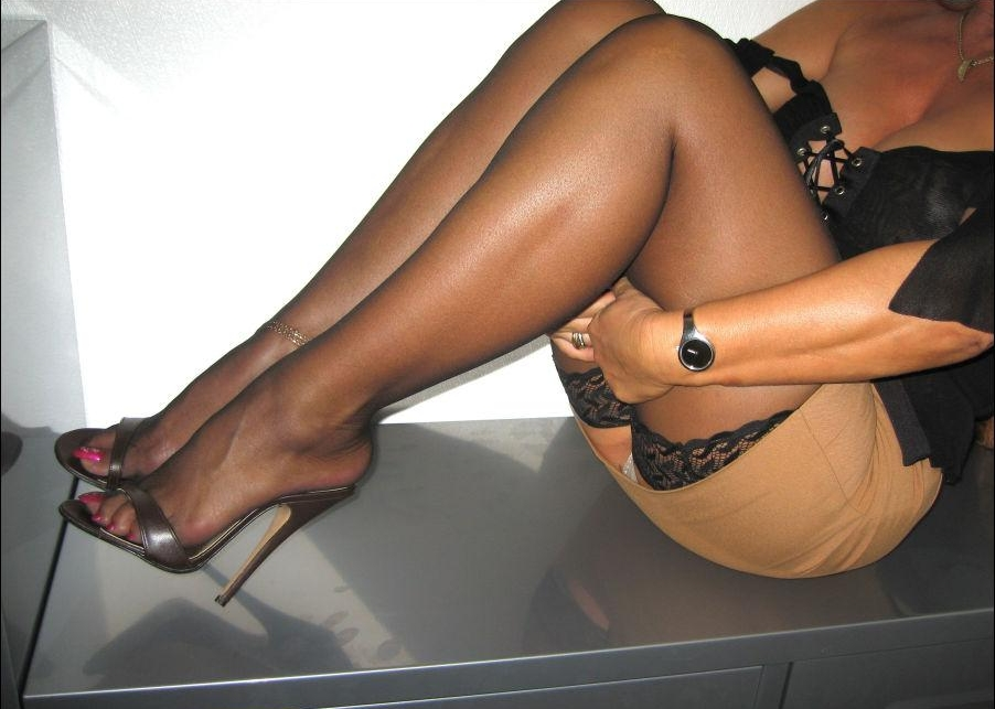 Pantyhose And High Heel Sluts