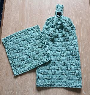 Wishing I was Knitting at the Lake: Puffy Basketweave ...