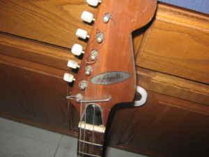 craigslist vintage guitar hunt prestige teisco electric near des moines for 20. Black Bedroom Furniture Sets. Home Design Ideas