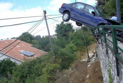 Bizarre Car Accidents 28
