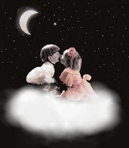 foto estudio, luna y niños besándose