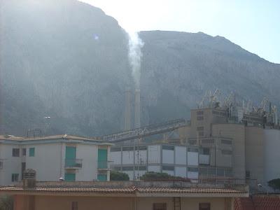 c6348c3b64 Non Conosciamo la composizione degli inquinanti contenuti nei