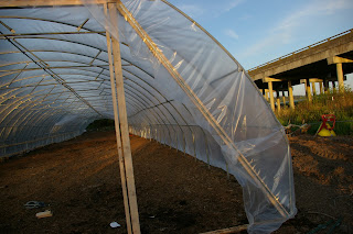 meat: hoophouse construction - closing in the ends (part 4 of 5)