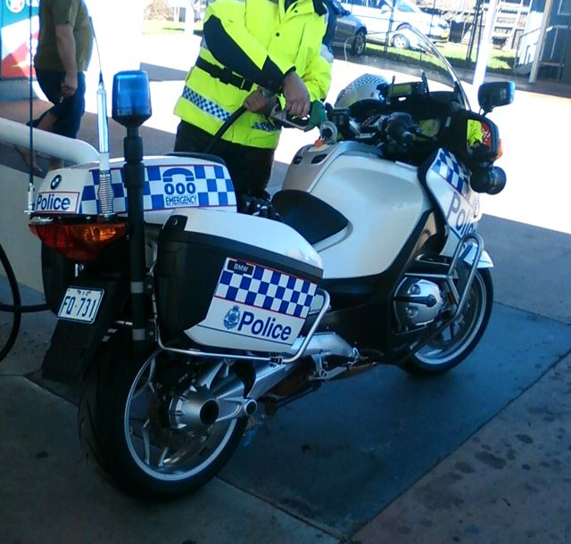 On Four Wheels Victorian Police Bmw 1200 Rt P