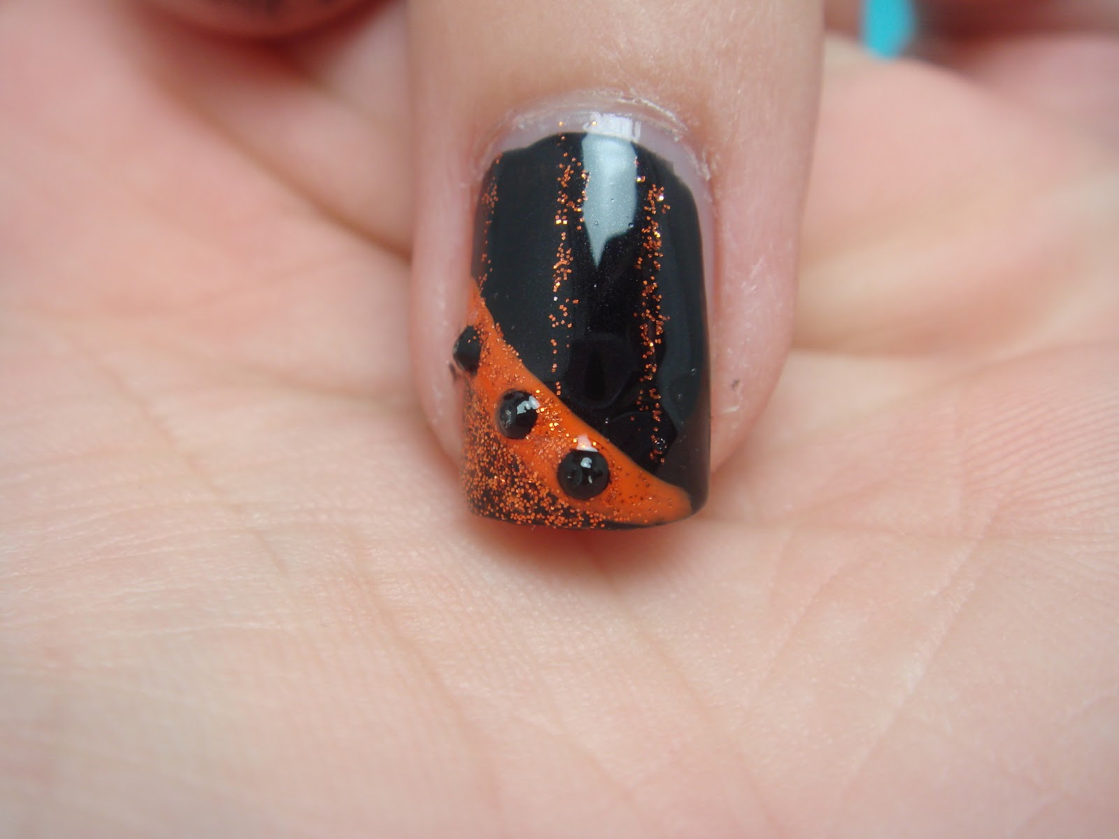 All Nail and Cosmetics: 3 Quick and Easy Halloween Nail ...