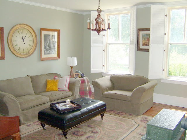 * Remodelaholic *: Living Room Before and After: Retro Remodel