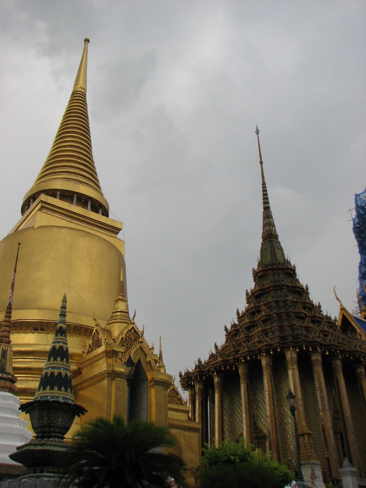 Hilda Basar's: Bangkok Thailand: The Temple, the Market ...