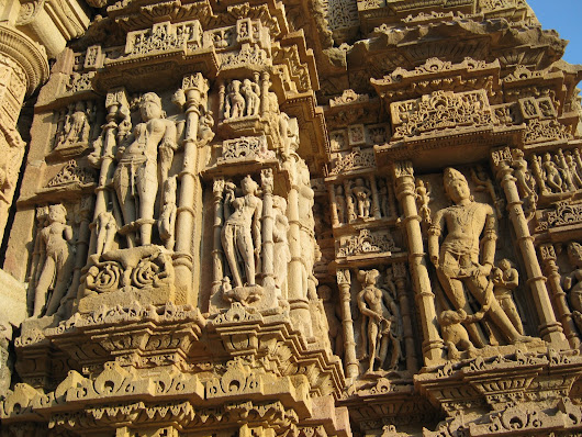 A travelogue to Modhera Sun Temple in Gujarat - fun times with friends!