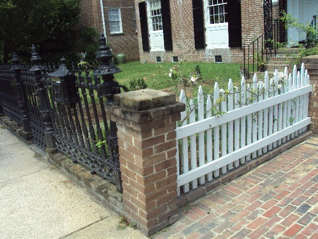 Antique ART Garden: Original Old Wood Picket FENCES ...