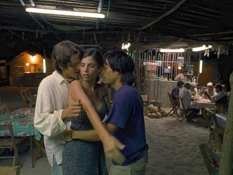 Polyamory lesbian scene - 2 part 1