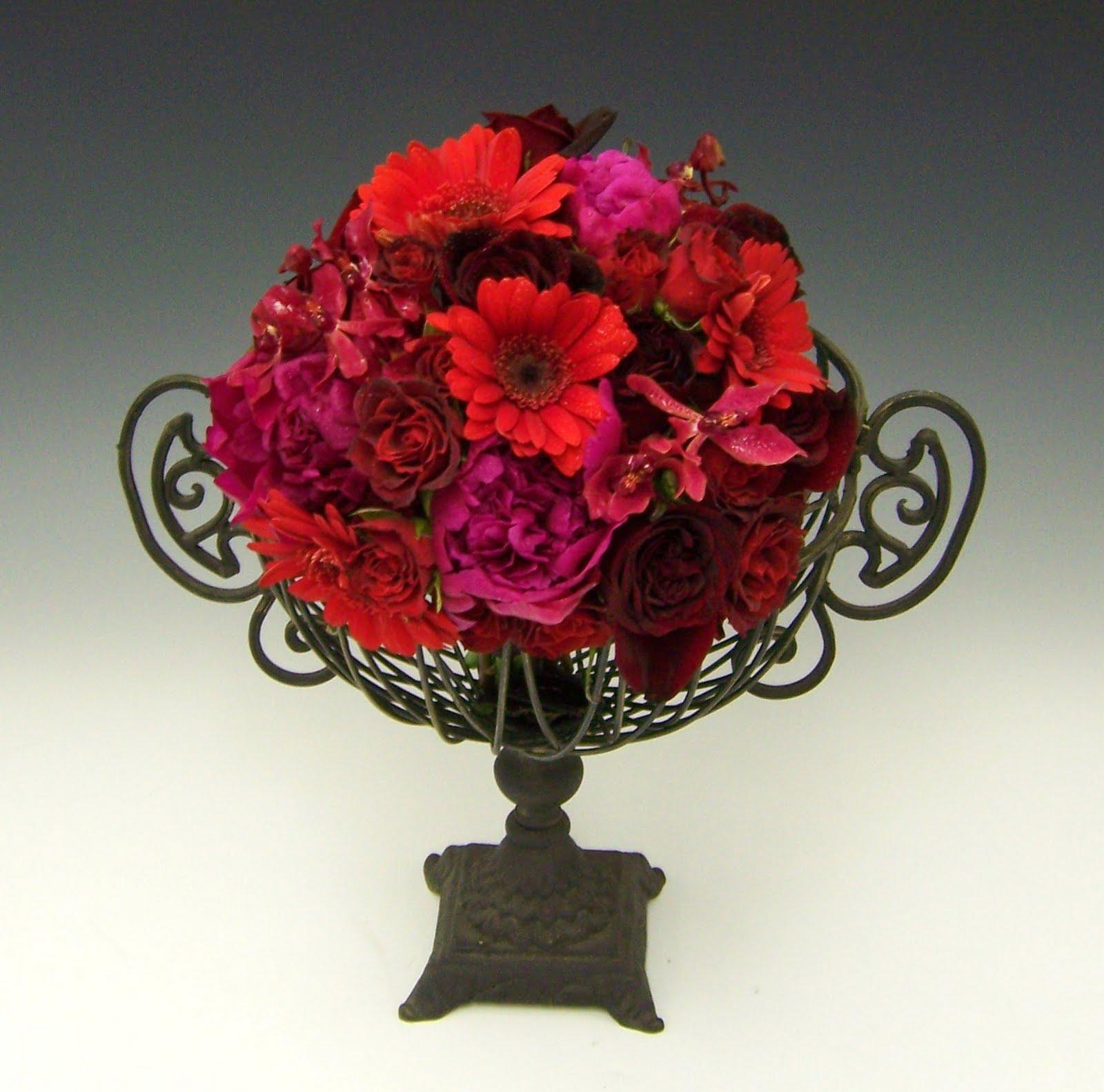 September Wedding Flowers In Season: 2010 Wedding Bouquets