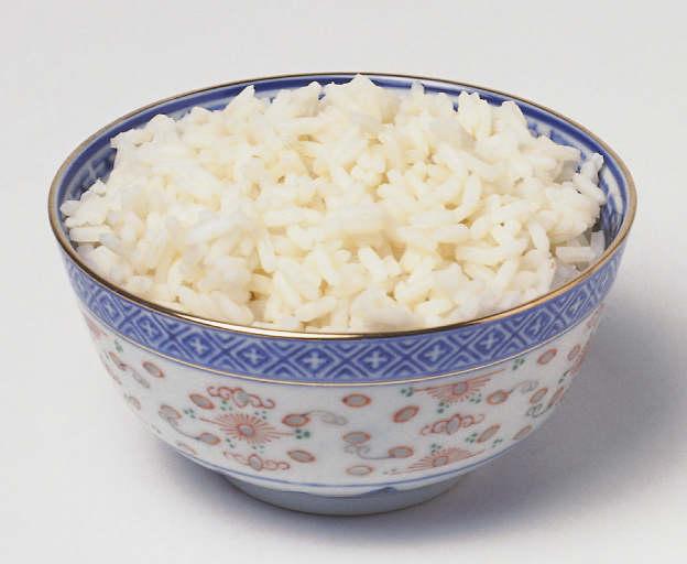 6 Bahaya Sering Makan Nasi Berlebihan