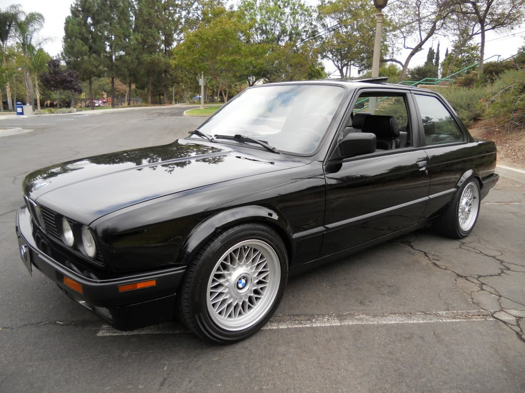 just a car geek 1989 bmw 325i done right. Black Bedroom Furniture Sets. Home Design Ideas