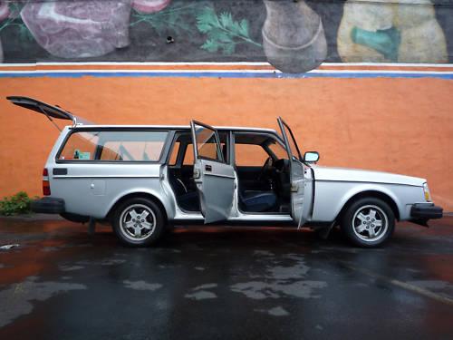 pumpyourspeakers 1984 volvo 240 turbo wagon. Black Bedroom Furniture Sets. Home Design Ideas
