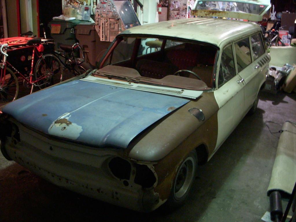 Just A Car Geek: December 2010