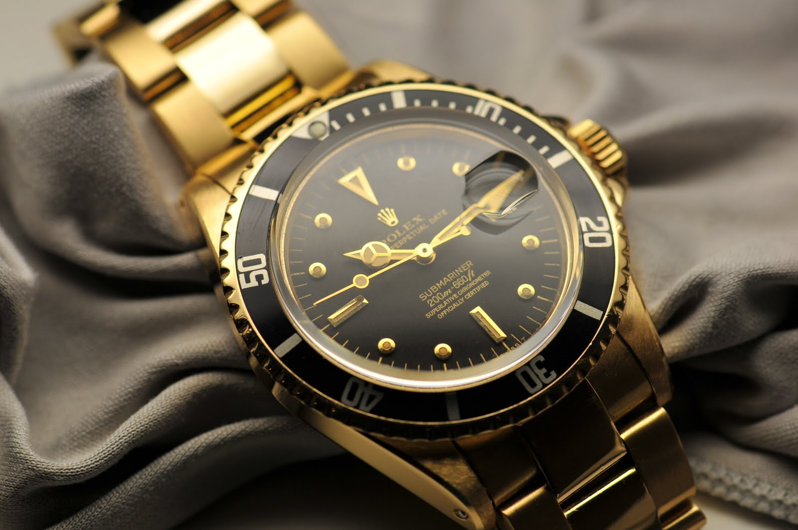 "Dab's blog: Rolex submariner 1680 ""Gold meter first"""